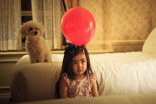 enfant, jeune fille, ballon
